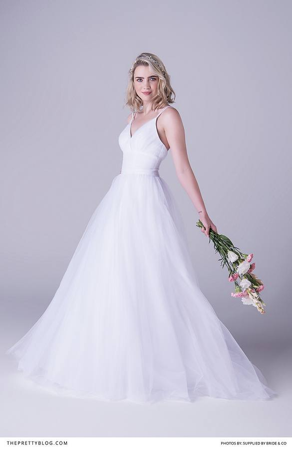 Jackie Kennedy Inspired Wedding Dress 95 Stunning The flowing skirts beaded